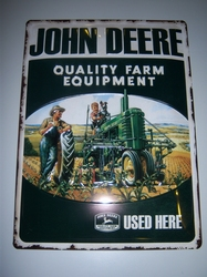 John Deere Quality equipment relief metaal