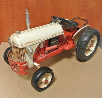 Tractor rood wit